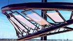 Bild 2: Mit der Designerleuchte »Rollercoaster« will Osram die Industriereife transparenter OLEDs demonstrieren