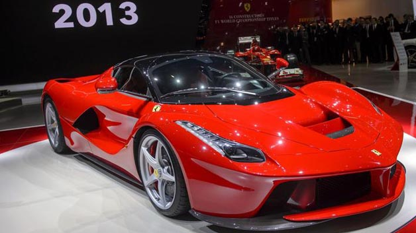 Effizient Und Schön Trw Stattet Hybrid Ferrari Mit Elektro Hydraulischer Lenkung Aus Automotive Elektromobilität Elektroniknet