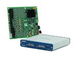 Bild 1. Die USB-Module der R-Serie sind als Gehäuse- wie auch Platinenversion verfügbar. (Foto: National Instruments)