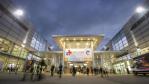 »Die hohe internationale Strahlkraft ist und bleibt die Trumpfkarte der Medica und Compamed«, sagt Joachim Schäfer, Geschäftsführer der Messe Düsseldorf. Von den knapp 124.000 Fachbesuchern reisten etwa 60 Prozent aus dem Ausland an. »Ein Großteil de...