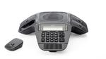 Auerswald-Konferenztelefon mit vier flexiblen DECT-Mikrofonen