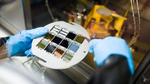 25,2 % Perowskit-Silizium-Tandem-Solarzelle zertifiziert