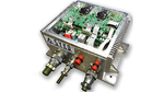 Die Regenerator-Baugruppe REG 3000 von Syko erzeugt aus dem statischen und dy-namischen Grobnetz zwei funktional unabhängige, geregelte und kurzschlussfeste Feinnetzspannungen