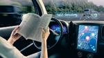Ist der Fahrer nicht zur Übernahme der Fahraufgabe bereit, so werden künftig entsprechende Warnungen erforderlich sein – beispielsweise akustisch, visuell und haptisch