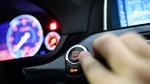 Autodiebe fahren auf Luxuswagen ab