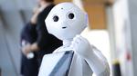 Unternehmen testen Roboter im Kundenkontakt