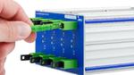 Für Hochvolt-Umgebungen ausgelegt, misst das faseroptische CAN-Messmodul CANSAS-FBG-T8 von imc Meßsysteme an acht optischen Eingängen mittels speziell entwickelter Faser-Bragg-Gitter-Sensoren Temperaturen auf beliebigen Potentialen und gibt sie via C
