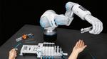 BionicSoftHand von Festo in Zusammenarbeit mit dem Menschen