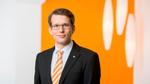 Carsten Nagel hat Geschichts- und Rechtswissenschaften an der Universität Bielefeld studiert. Nach einem Volontariat und einer Ausbildung zum PR-Berater bei Weidmüller war der 33-Jährige zunächst in der internen Kommunikation der Weidmüller Gruppe be