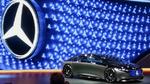 Daimler reduziert Arbeitszeit, streicht Prämie und sichert Jobs