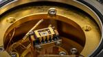 Bestimmte Metalle können »ferroelektrisch« sein