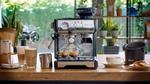 Neue Siebträger-Espressomaschine mit integriertem Mahlwerk