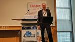 Prof. Dr. Christoph Kutter, Leiter des Fraunhofer EMFT in München, bei seinem Einführungsvortrag auf dem Automation 4.0 Summit 2018.