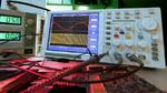 PLL-Synthesizer mit offenen Kollektor-Ausgängen