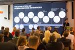 Einführung in moderne Interfaces von Julia Saswito - CoP Digital Experience bei Reply