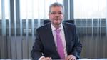 Ekrem Sirman legt Vorstandsvorsitz nieder