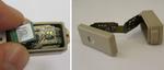 Bild 2. Demonstrator des intelligenten Implantats im geöffneten Zustand; innen ist die faltbare Elektronik zu erkennen, im linken Bild auch der Sensor.