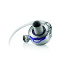 Die eine mechanische, zentrifugal Pumpe wird in einer Operation implantiert und an das Herz angeschlossen. Dort unterstützt sie den geschwächten linken Ventrikel, der normalerweise die Aufgabe hat, sauerstoffreiches Blut aus der Lunge in den Körper z