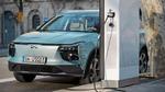 Euronics bringt Elektrofahrzeug in den Fachhandel
