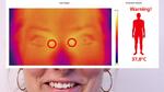 Das Temperaturbild wird mithilfe der von AT entwickelten FeverScreening App ausgewertet und das Ergebnis als Zahlenwert und in Form einer Rot-Grün- Anzeige auf dem Bildschirm dargestellt. Rot steht in dem Fall für erhöhte Temperatur oder Fieber, grün