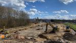 Bislang noch eine Baustelle: Am Autobahnkreuz entsteht derzeit Europas größter Ladepark für Elektrofahrzeuge....