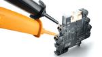 Push-In-Anschluss mit Prüfabgriff: Der integrierte Prüfabgriff auf jeder Ebene erlaubt eine schnelle, unkomplizierte Prüfung mit Standardprüfsteckern.