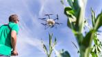 Die Digitalisierung schreitet auch in der Agrartechnik voran. So gibt es mittlerweile Drohnen für unterschiedliche Aufgaben – von der Kartierung bis hin zur Feldspritze....