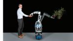 Mobiles Robotersystem für Montage und Intralogistik