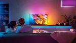 Egal ob Film, Gaming oder Musik – der Philips Hue Play Gradient Lightstrip spiegelt die Bildschirminhalte oder den Sound in unterschiedlichen Farben wider, die dabei auf natürliche Weise ineinander übergehen und einen einzigartigen Effekt an der Wand