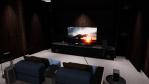 In den Home Entertainment-Zonen, wie etwa der Movie-Zone, hebt LG die wichtigsten Eigenschaften der OLED-Fernseher hervor: scharf, schnell, glatt und schlank. Die Besucher können die selbstleuchtende Display-Technologie von LG im Vergleich zu herkömm