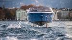 Durch Hydrofoil-Konzept springt die Candela Seven über Wellen.