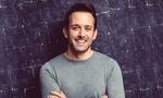 """Rene Travnicek ist seit über 20 Jahren als Moderator und TV Warm -Upper für Formate wie """"Lets Dance"""", """"Wer wird Millionär"""" und das """"Supertalent"""" tätig.  Auf professionelle Art beherrscht er die gesamte Bandbreite der Moderation und Produktpräsentatio"""
