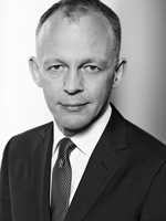 Dr. Christopher Anhalt ist Business Development Manager bei Softing Industrial Automation.