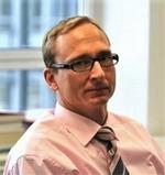 Angelo Bindi ist CEO des MES D.A.CH Verband e.V..