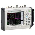 »FieldMaster« von Anritsu: 2 Messtore, 5 kHz - 20 GHz und 8,4 Zoll Display.