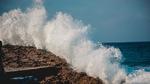 Wellenbrecher für Überspannungen