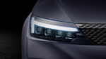 Neben LED-Tagfahrlicht, LED-Rückleuchten und LED-Bremsleuchten wartet der BEO mit einem Laser-Fahrlicht auf.