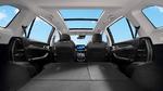 Besondere Features sind das Panorama-Glasdach und die Innenraum-Luftreinigung.