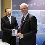 Strategische Kooperation von IAV und ETAS