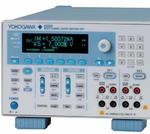 Vielkanal-Quelle/Senke mit präziser Spannungs-/Strom-Messung