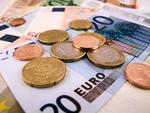 Billigangebote können teuer werden: Unseriöse Anbieter holen sich ihr Geld, indem sie Sonderleistungen berechnen, die nicht im Vertrag enthalten waren.