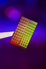 Intel packt 80 Rechenkerne in einen Chip
