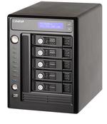 Qnap packt fünf Festplatten in NAS-Server