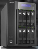 CeBIT: Kleine Datenzentrale von Qnap fasst 16 Terabyte