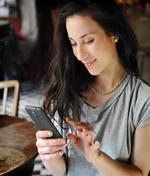 Viele Deutsche lehnen Handy-Payment ab