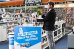 Saturn bringt kontaktloses Bezahlen nach Deutschland