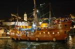 Party mit Piratenschiff