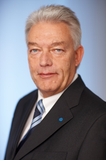 Günther Schnitzler tritt ab