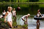 von links: Selina Wagner, Julia Simic, Annika Doppler, Kristina Gessat, Ivana Rudelic Foto:  Sacha Höchstetter für Playboy 07/2011