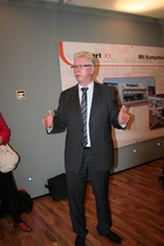 Alle großen Fachhandels-Kooperationen waren auf der IFA vertreten. Hier Expert-Chef Volker Müller.